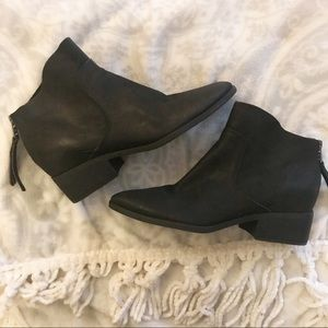 Lucky Brand Lahela Black Leather Ankle Bootie